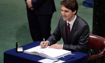 ترودو قرارداد جهانی مبارزه با آلودگی محیط زیست را امضاء کرد