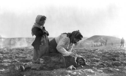 نسلکشی ارامنه: مرگ و انکار/ برگردان و بازنویسی: عرفان ثابتی