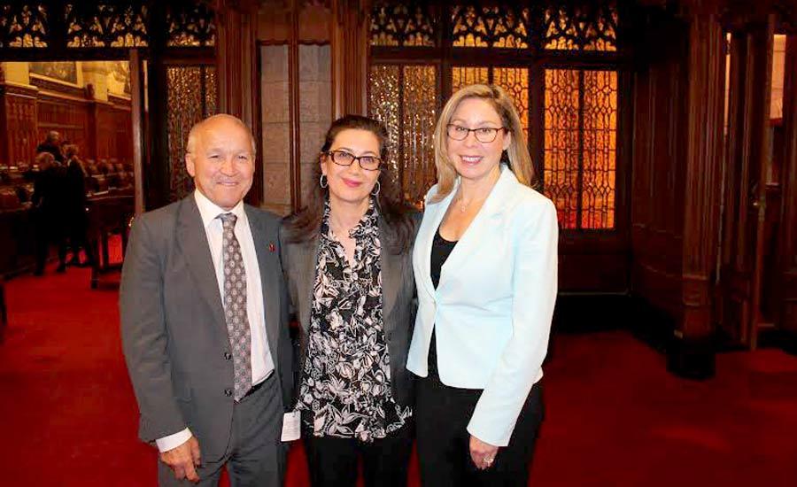 قدردانی از فعالیتهای ۴ زن ایرانی کانادایی در سنای کانادا