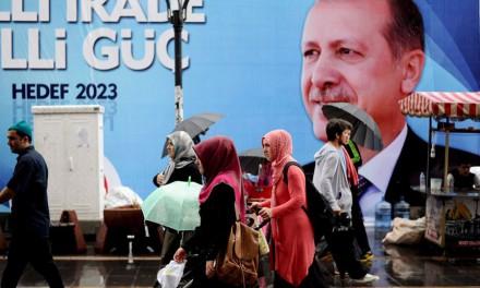 """ترکیه لاییک است و لاییک می ماند""""""""!/شهباز نخعی"""