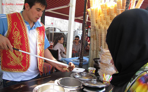 مولود بستنی فروش می شود/ ترجمه: بهرام بهرامی ـ حسن زرهی