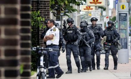 نقابدار مشکوک دانشگاه تورنتو را تعطیل کرد