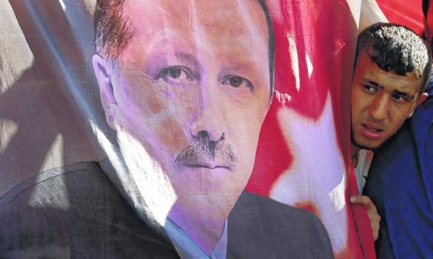 کودتا: مرگ دموکراسی در ترکیه/عباس شکری