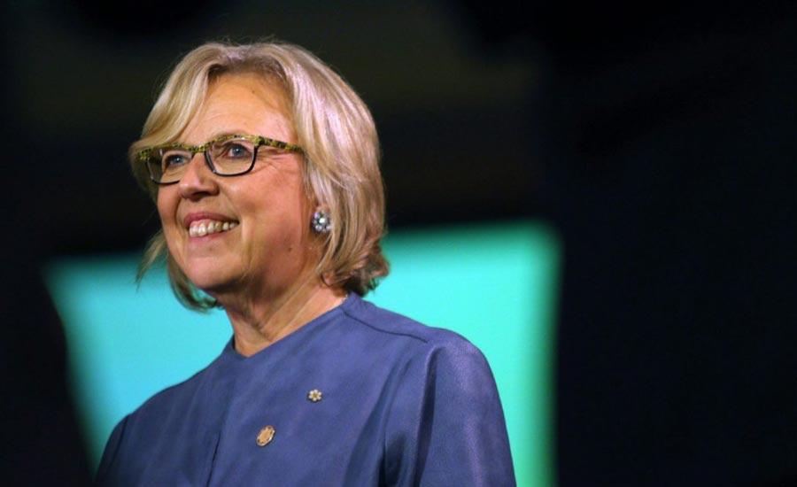 الیزابت می،  رهبر حزب سبز،  می ماند