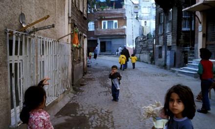 محله ی قاضی/ ترجمه: بهرام بهرامی ـ حسن زرهی