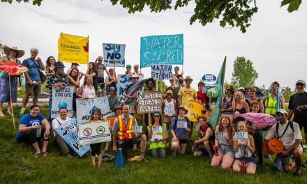 کوشندگان محیط زیست:غارت آبهای انتاریو ادامه دارد
