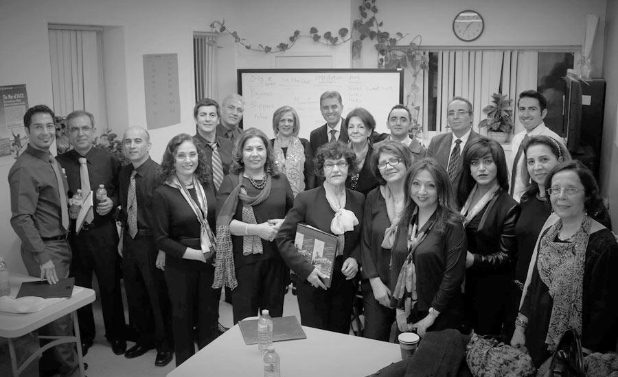 با استاد حسن انعامی خوانندۀ اپرا و بنیانگذار گروه موسیقی و کُر مانا/ شهلا اعتمادزاده