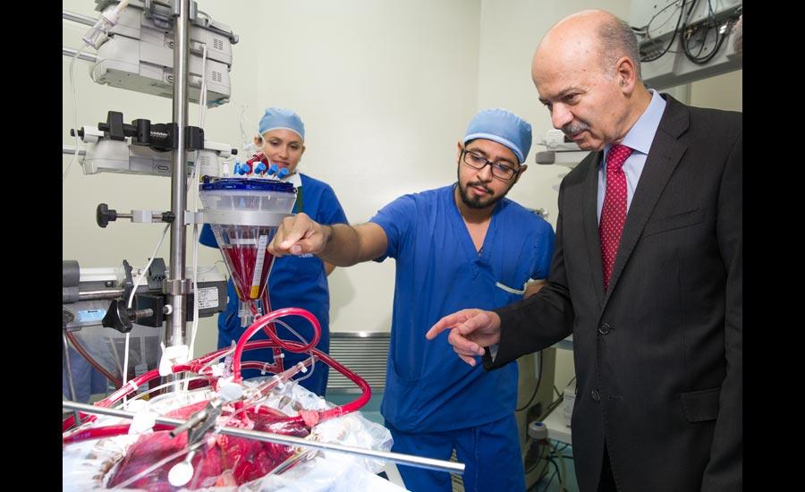 دیدار وزیر علوم از بخش پیوند اعضای بیمارستان عمومی تورنتو