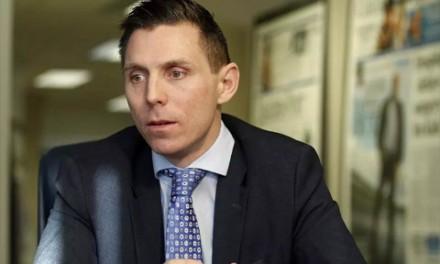 عذرخواهی رهبر حزب محافظه کار انتاریو مبنی بر ادعایش در تغییر برنامه ی آموزش مسائل جنسی در مدارس
