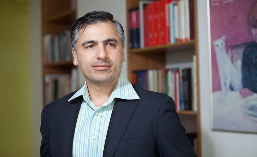 پیام اخوان به عنوان عضو دیوان دائمی داوری لاهه برگزیده شد