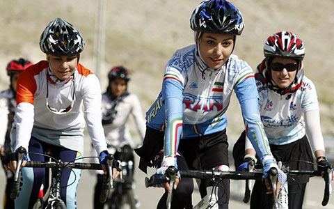 women-cycling