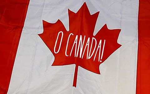 واکنش شدید کانادایی ها به دست بردن در سرود ملی