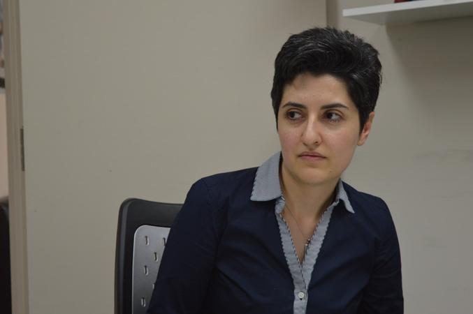 مهرنوش احمدی