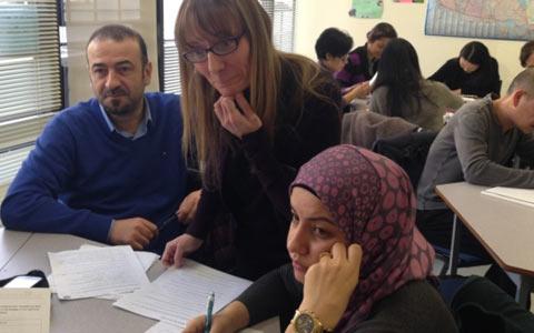 برنامه ی فرهنگی برای کم کردن شکاف زبانی برای مهاجرین سوری