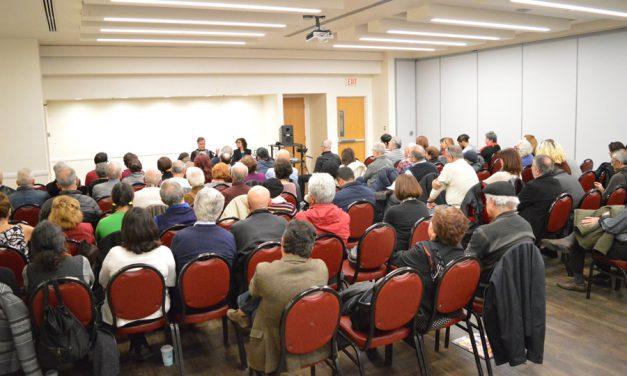 جشنواره جهانی کانون نویسندگان ایران (در تبعید) در تورنتو برگزار شد