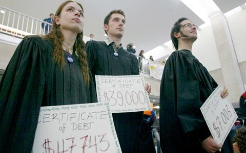 با طرح جدید ۱۵۰۰۰دانشجو از وام های بلاعوض بهره مند می شوند
