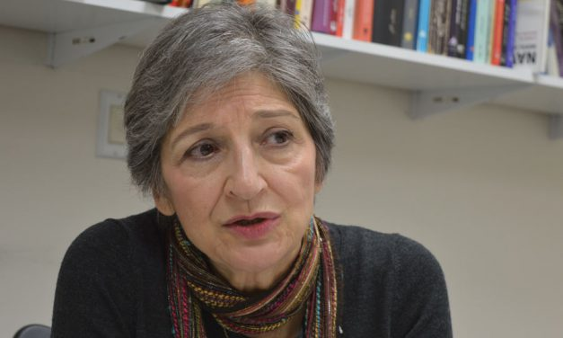 گفت وگوی شهروند با نازی عظیما، مترجم و روزنامه نگار/ فرح طاهری