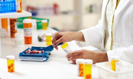 تعهد وزیر بهداشت به کم کردن هزینه ی دارو در کانادا