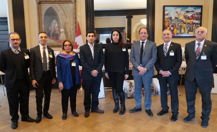 """به مناسبت ۲۲ بهمن برگزار شد: نمایشگاه """"نقض حقوق بشر در ایران"""" در پارلمان کانادا"""
