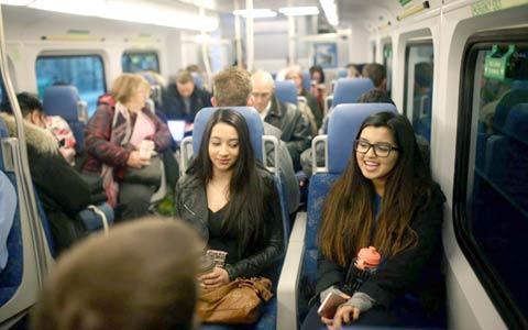 مسافران قطارهای Go در معرض دود اگزوز