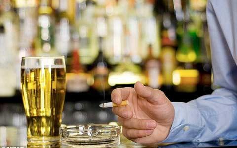 الکل و سیگار به دلیل افزایش مالیات گرانتر خواهد شد