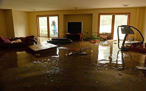 خسارات ناشی از آبدیدگی و ضایعات ناشی از آب برف و باران در بیمه منازل مسکونی؟/فرهاد فرسادی