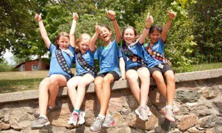 سازمان راهنمای دختراندر کانادا تمامی سفرهای خود به آمریکا را کنسل کرد