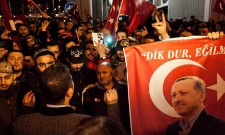 تنش میان هلند و ترکیه، گاوبندی راست ها؟/جواد طالعی