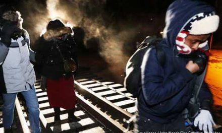 قاچاق غیرقانونی پناهجویان از آمریکا به کانادا