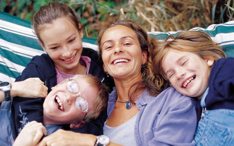 هر آنچه باید از تفاوت سنی بین فرزندانتان بدانید/ دکتر نسترن ادیب راد