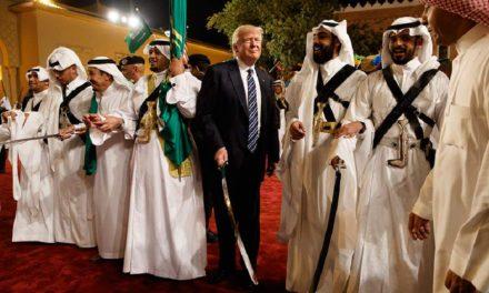 ترامپ؛ شمشیر گردان گربهرقصان/عباس شکری