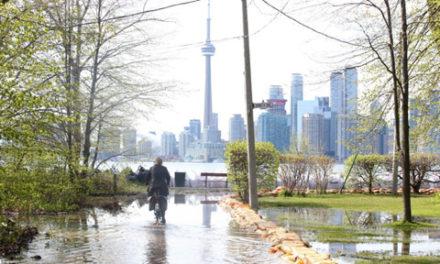 رکورد بارندگی در تورنتو شکست