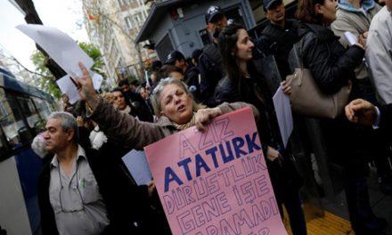 قائم مقام مجلس فدرال آلمان:کمک های نظامی و اقتصادی به ترکیه باید قطع شود/ جواد طالعی