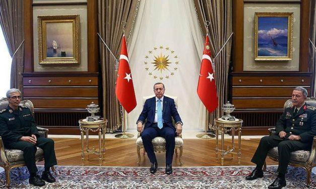 سرلشگر باقری در ترکیه: جبهه واحد علیه همه پرسی استقلال کردستان/جواد طالعی