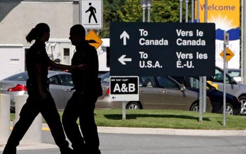 آمریکایی ها در هنگام ورود به کانادا اسلحه دارند