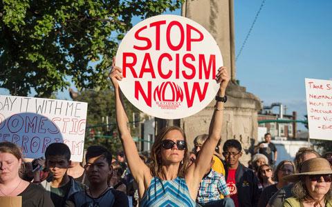 واکنش کانادایی ها به حملات نژادپرستانه یک شنبه در شارلوتز ویل آمریکا