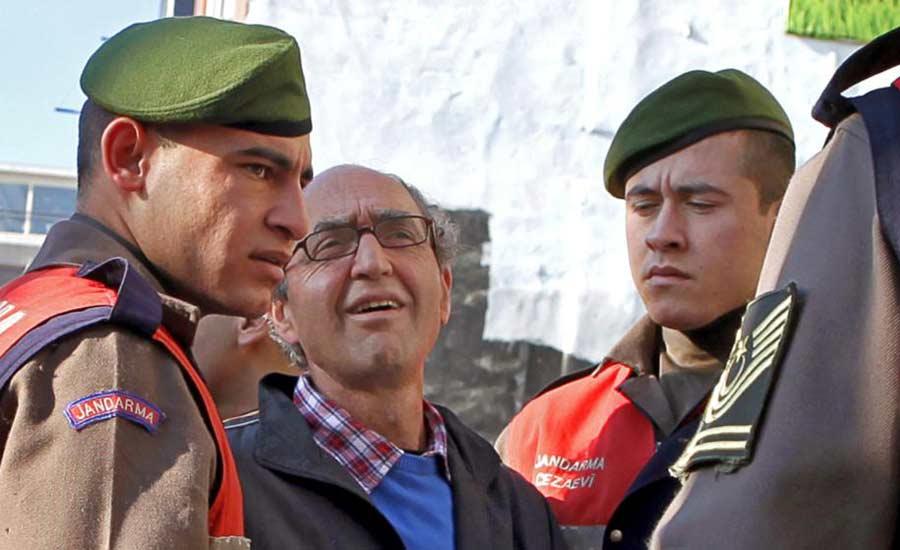 نویسنده ای که به خواست ترکیه در اسپانیا دستگیر شد کیست؟/جواد طالعی