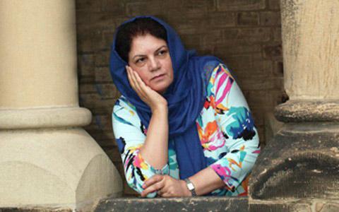 فریبا وفی؛ نویسنده ای که با نگاهش داستان می گوید/آزاده داودی