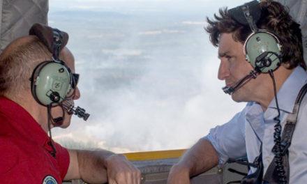 تشکر جاستین ترودو از دست اندرکاران فرونشانی آتش در بریتیش کلمبیا