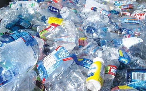 انتاریو باید فکری به حال بطری های پلاستیکی کند