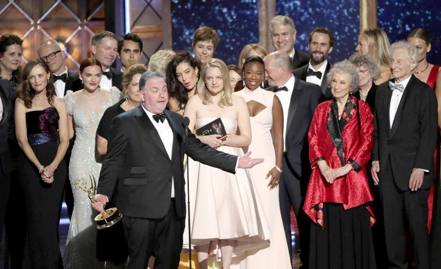The Handmaid's Tale  جوایز Emmy را درو کرد