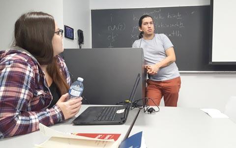 درخواست برای آموزش زبان های بومی کانادا در مدارس تورنتو