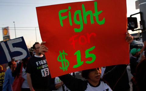پیروزی ۱۵ دلاری: افزایش حداقل دستمزد و بهبود شرایط کار برای کارگران و کارمندان انتاریو/مینا رجبی