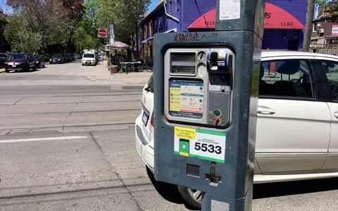 پارک کردن در خیابان های تورنتو گران تر خواهد شد