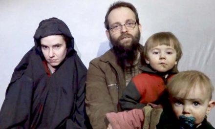 زوج گروگان کانادایی ـ آمریکایی بعد از ۵ سال به خانه بازگشتند