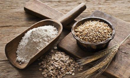از خوردن آرد خام به هر شکلی پرهیز کنید