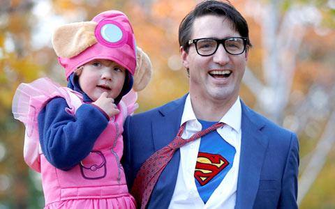 جاستین ترودو در نقش سوپرمن