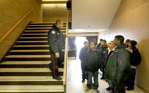 پایان حضور پلیس در دبیرستان های تورنتو