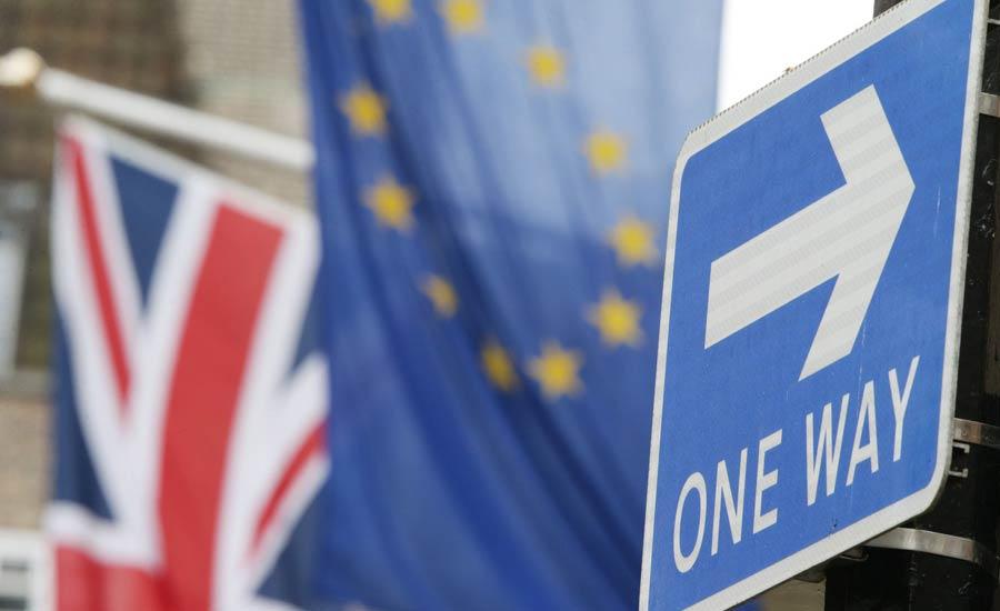 خروج از اتحادیه اروپا: فروپاشی پادشاهی بریتانیا/ترجمه: جواد طالعی