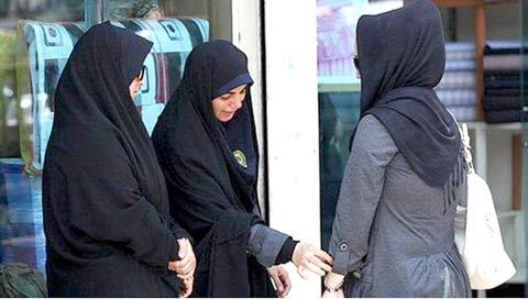 پنج دختر در دزفول به علت کشف حجاب دستگیر شدند